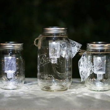 Indoor/outdoor handmade solar powered mason jar light