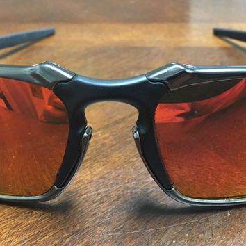 OAKLEY BADMAN SUNGLASSES 006020-03 DARK CARBON/RUBY IRIDIUM POLARIZED DISPLAY