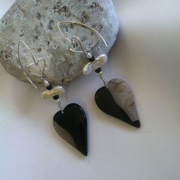 Black and White Heart Earrings Modern Artistic Agate and Quartz Gemstone Heart Focal Earrings Accented With Onyx Rondelles Stick Rice Pearls