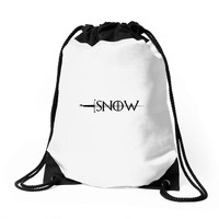 game of thrones snow Drawstring Bags