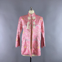 Vintage 1960s Jacket / 60s Asian Pink Satin Brocade Coat / 1960 Novelty Print Pagodas / New Old Stock