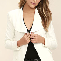 Uptown Girl White Blazer