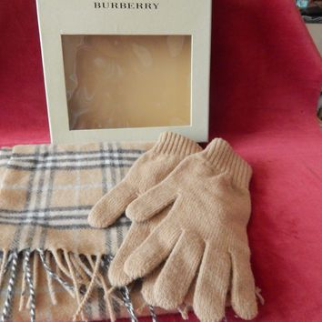 Burberry Lambs Wool Check Scarf & Gloves Set