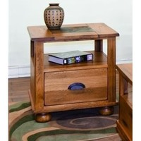 Sunny Designs Sedona End Table with Drawer In Rustic Oak
