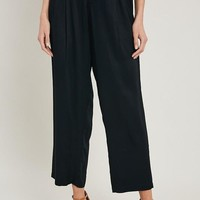 Carry On Cropped Pants