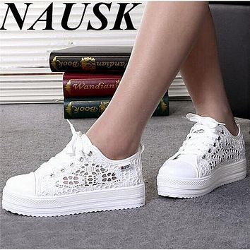2017 New Breathable Platform Flat Shoe Floral Summer Women Shoes Casual Lace Canvas Shoes Sapato feminino Casual Shoes