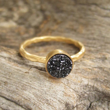 Tiny Black Druzy Ring Titanium Drusy Quartz 18K Gold Vermeil Hammered Band