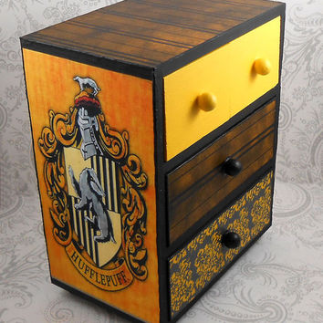 Custom Hufflepuff Black ande Yellow Hogwart's House  Harry Potter Stash Jewelry Box
