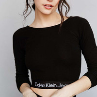 Calvin Klein For UO Set Long-Sleeve Cropped Top - Urban Outfitters