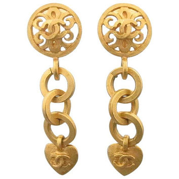 Vintage CHANEL rare golden dangling earrings with hoop chain, heart, arabesque motif, and CC mark. One-of-a-kind jewelry.
