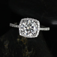 Barra Sweetheart Size Platinum Round FB Moissanite Cushion Halo Engagement Ring (Other metals and stone options available)