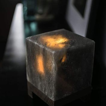 HIMALAYAN CUBE SALT LIGHT - GREY