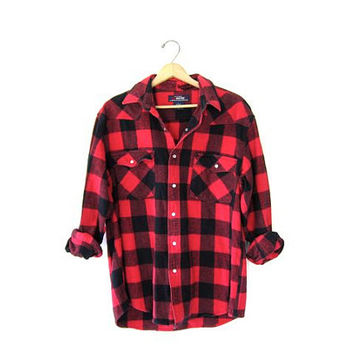 Vintage boyfriend flannel Red & black Plaid Hunting Shirt Long Sleeve Buffalo Check cotton Hipster Rustic Work chore shirt Pearl Snaps L