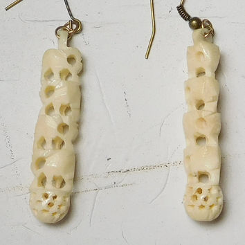Carved Elephants Bead Earrings Beige Ivory Color Long Skinny Drop Gothic Bohemian Grunge Hippie Style Boho Steampunk Jewelry Medieval