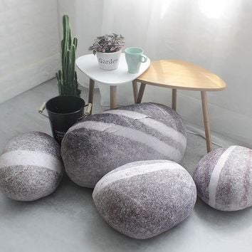 2018 New Solid Creative 3D Simulation Stone Pillow Pebbles Cotton White Large Cushion Lazy Creative Home Decor Funny Soft Pillow