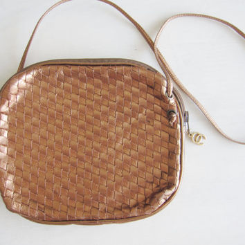 Vintage Oleg Cassini metallic gold copper bronze leather designer handbag bottega veneta woven style crossbody 1980s eighties bag