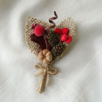 Men Woodland Boutonniere, Red Boutonniere, Winter Wedding Boutonniere, Red Lapel Pin, Groomsmen Wedding Accessory