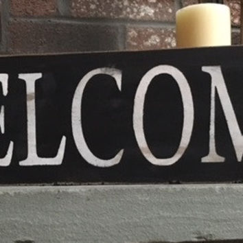 Welcome Distressed Wooden Sign