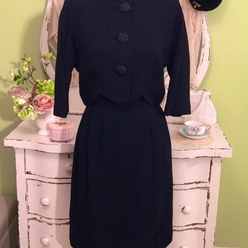 1950s 40s Black Two Piece, Dress Jacket Set, Wiggle Dress, Cropped Jacket, Old Hollywood Glam, Retro Dress, Jackie O, 50s Vintage Dress, LBD