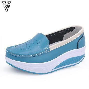 VTOTA Fashion Casual Women Shoes Wedges Woman Sneakers Soft Platform Shoes Moccasins Brand Women Loafers Breathable Shoes X728