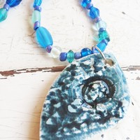 Blue Necklace on Luulla
