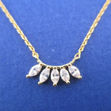Pretty Petal Shaped Rhinestone Fan Minimal Tiara Pendant Necklace in Gold
