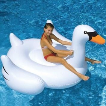 The Ultimate Swan Pool Lounge