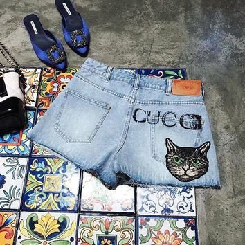 Gucci Woman Fashion A pair of jeans Shorts-1