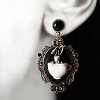 Gothic spooky earrings 'White Rabbit' alice in wonderland disney tim burton