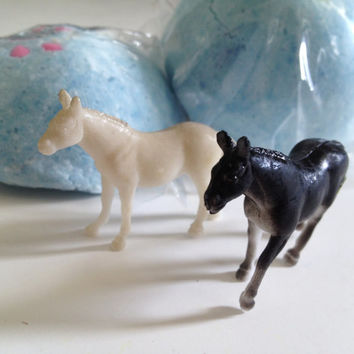 HORSE Animal Large Bath Candy - Fun Horse Birthday Idea - Pony Party Favors - Toy Horse inside - Lush Exploding Bath Bomb Fun for Kids!