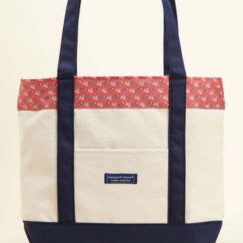 Sorority Collection: Delta Zeta Classic Tote for Women - Vineyard Vines