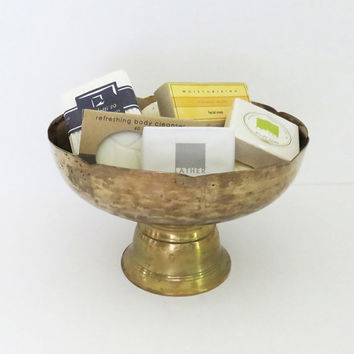 Vintage footed brass silvery bowl with scallop edge - Bathroom decor - catchall bowl - candy dish - Brass silvery bowl on pedestal