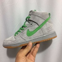 Nike Dunk High Sb Premium Silver Box Snakers