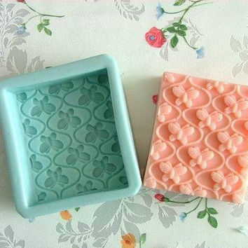 Soap Mold,Cake Molds Small Butterfly Christmas Gift Silicone Mold, For Soap, Candy,Cake, Ice,Craft