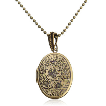 Carved Photo Saved Oval Locket Pendant Necklace