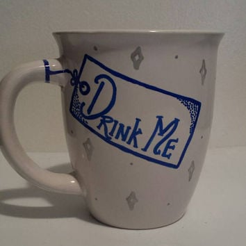 Alice in Wonderland inspired Drink Me mug