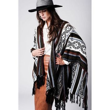 CREYON GEO-TRIBAL PATTERN FRINGED PONCHO