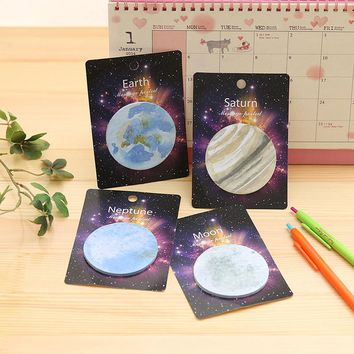 cute sticky memos pad saturn neptune earth moon pattern round sticker planner sticky note pad post it kawaii 2016 new