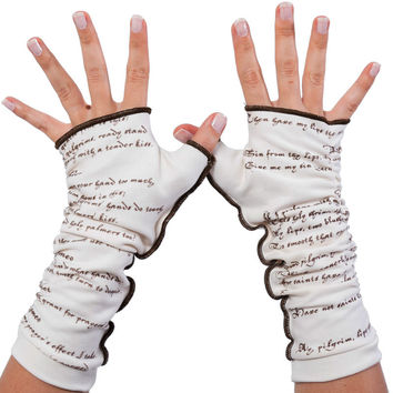 Romeo & Juliet Writing Gloves