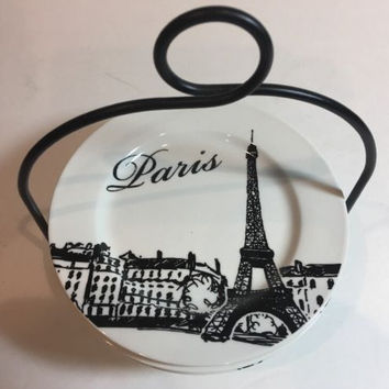 Ciroa Simple Serve 4 Paris White Porcelain Appetizer/Dessert Plates & Wire Stand