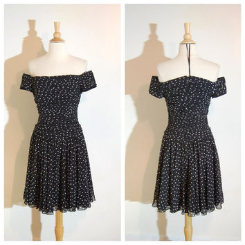Polka Dot Dress Black and White Off Shoulder Full Swing Skirt Rockabilly Pin Up AJ Bari Dress size 4