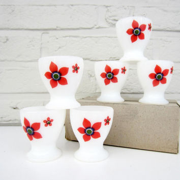 French vintage EGG CUPS⎮ARCOPAL milk glass⎮red flowers⎮mid century modern⎮set of 6