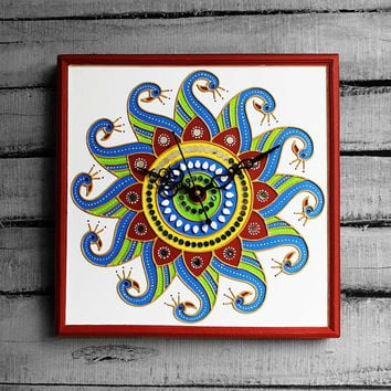 Handmade Blue and Yellow Decorative Peacock Dancing Design Mud Art Wall Clock (White base and red border),Design Inspired by Dancing Peacock
