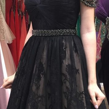 Black V Neck Beads Lace Short Homecoming Dress