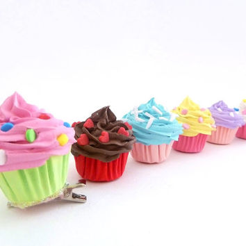 CUPCAKE HAIR CLIP by shimrita on Etsy