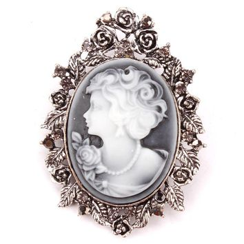 Factory direct sale vintage retro style cameo brooch pins encrusted with leaf and crystal for women