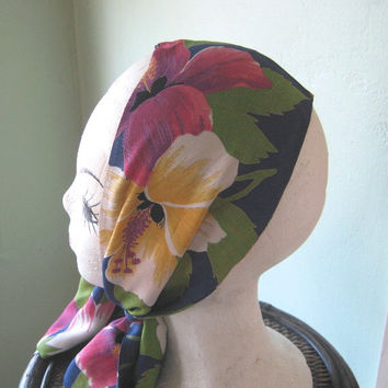 Rare Vintage Tiki Flower Head Wrap - 1950s Hawaiian Hibiscus Print Scarf - Blue Green Pink White Yellow Bark Cloth Print Tiki Head Scarf