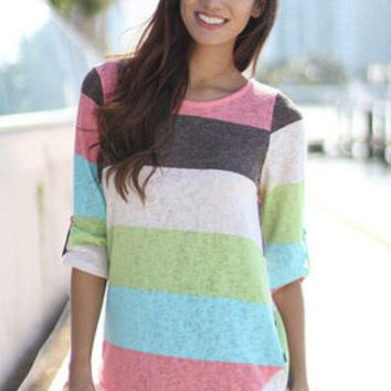 Large Size Color Block Knitted Sweater  B0013594