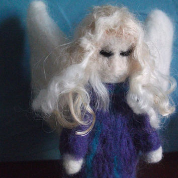 Needle Felted Angel Sculpture, Christmas Decoration, Ornament, Soft Sculpture,Collectable,
