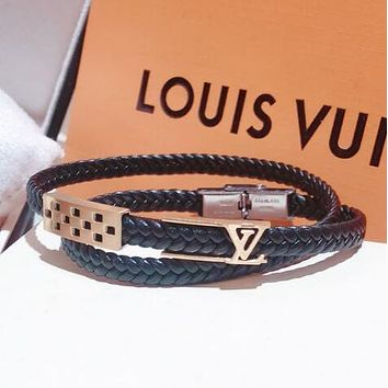 DIOR Popular Women Chic Leather Letter Diamond Hand Catenary Bracelet Necklace Accessories Jewelry